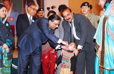 Pakistan's President launches anti-polio campaign today