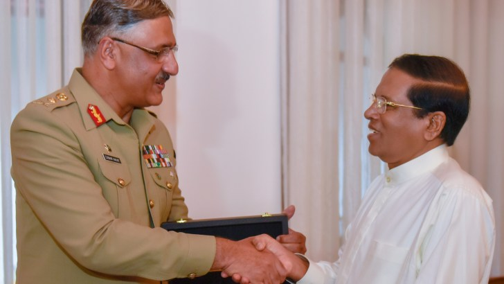 Pakistan Joint Chief of Defense Staff, General Zubair Mahamood Hayat meets with the President