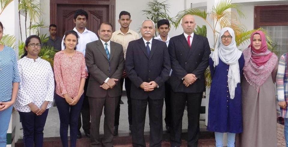 Pakistan awards scholarships to Sri Lankan students in Medicine