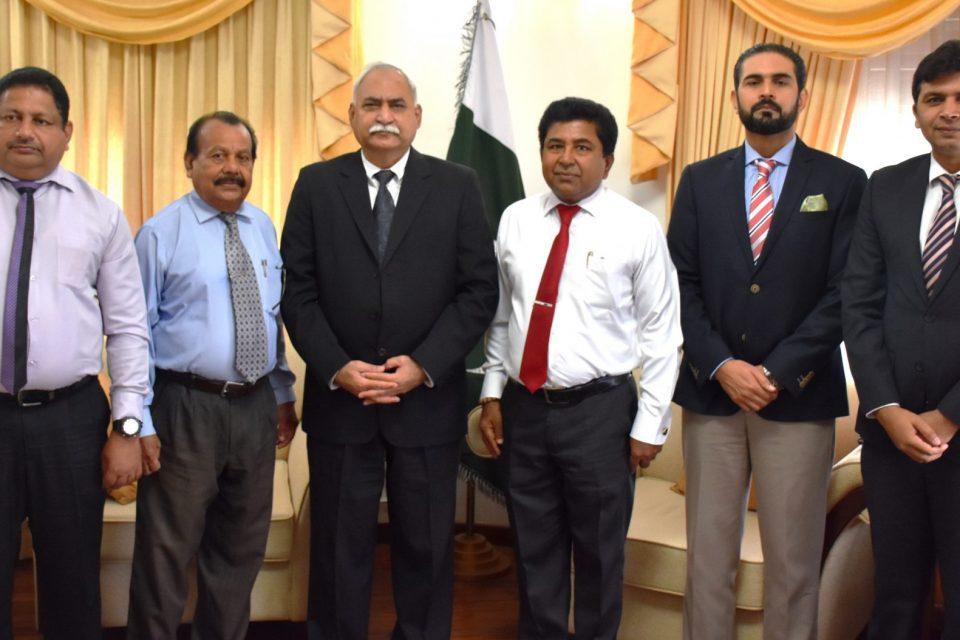 SL Eye Donation Society delegation calls on Pakistan High Commissioner