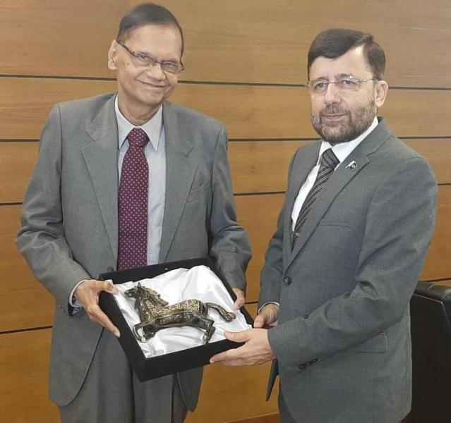 High Commissioner of Pakistan met with the Minister of Education