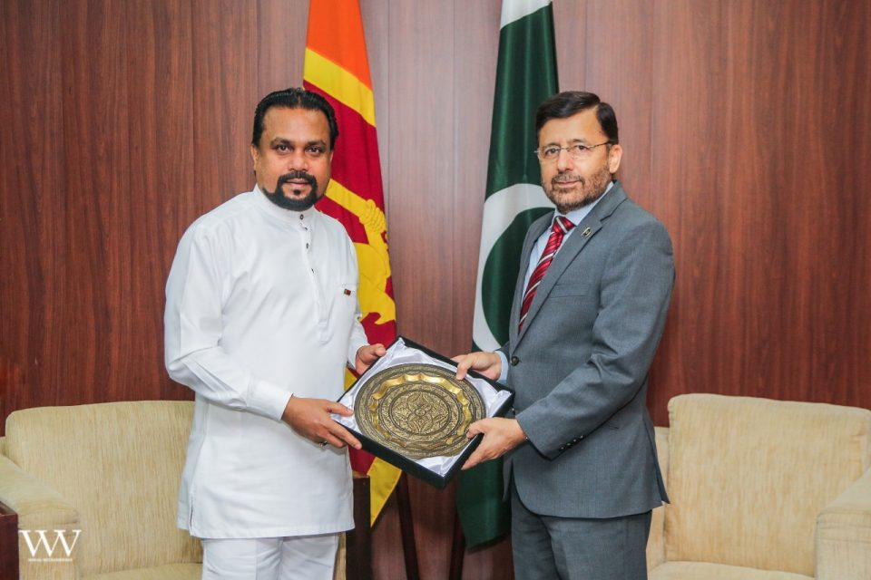 High Commissioner of Pakistan met with Minister of Industries  Mr. Wimal Weerawansa